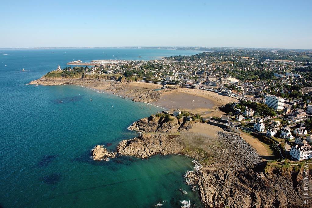 Brittany beaches binic plouha tables sur mer - Port de saint quay portrieux ...